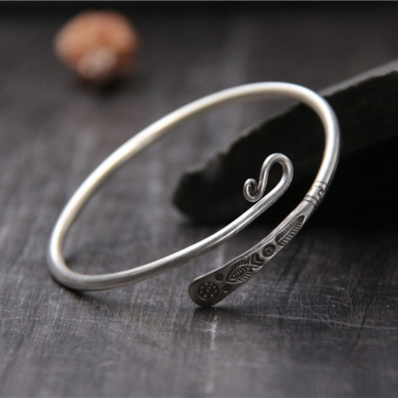 925 Sterling SilverHandmade Bracelet childrens style carved fish simple fashion to make old open accessories