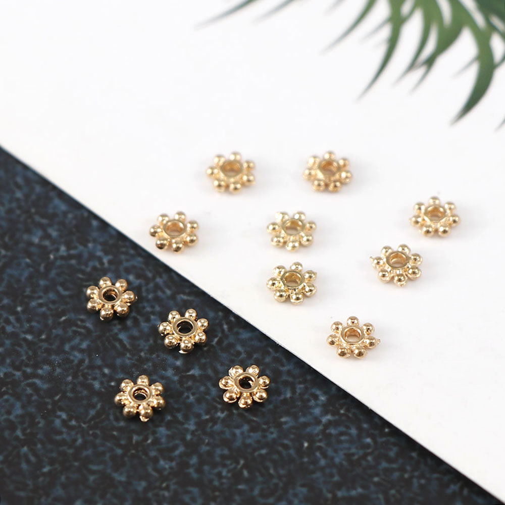 4mm 100pcs Shiny Vintage Metal Hollow Gold Flower Spacer Beads End Caps Pendant Fashion DIY Charms Connectors Jewelry Findings