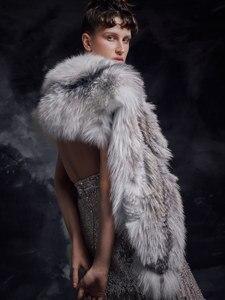 Image 3 - Роскошный меховой палантин, платье для выпускного вечера, ТРАПЕЦИЕВИДНОЕ длинное вечернее платье с глубоким V образным вырезом без рукавов, бусинами и блестками, вечерние платья, 2020