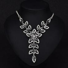 Fashion Clavicle Necklace Exaggerated Flowers Crystal Gem Pendant Color-preserving Vacuum Plating Necklace Jewellery dominated women pendant necklaces a short section of pearl necklace and exaggerated fashion multi clavicle necklace