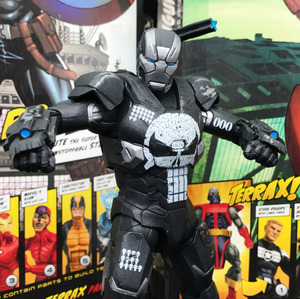 """Image 4 - ML Legends 80th Aniversary Series Punisher Warmachine 6"""" Loose Action Figure"""