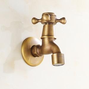 Image 2 - 골동품 황동 벽 마운트 더블 수도꼭지 욕실 액세서리를 사용하여 야외 싱크 가든 도청 장식 세탁 Bibcock 수탉