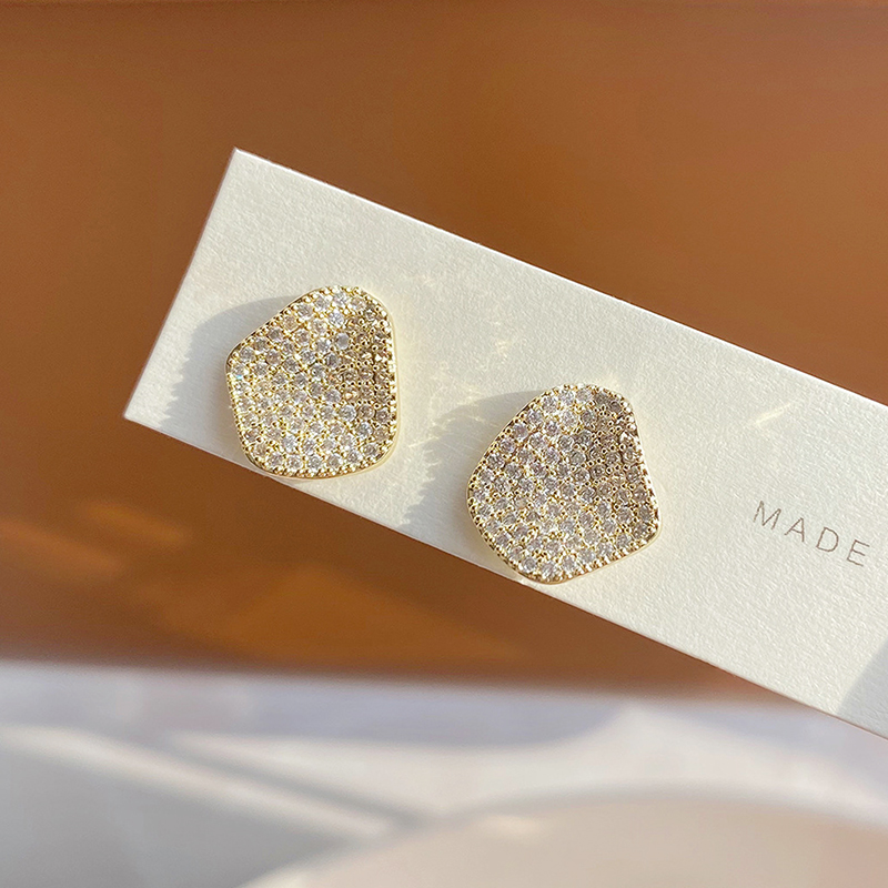 Trendy Fashion High Quality Micro Inlaid Zircon Geometric Earring for Women AAA Bling Zirconia CZ Stud Earring Charm Pendant