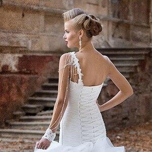 Image 4 - אפליקציות ואגלי פנינים קפל לבן חצוצרת חתונת שמלות עם קפלי חצאית Vestido דה Noiva Sereia נסיכת בת ים שמלות