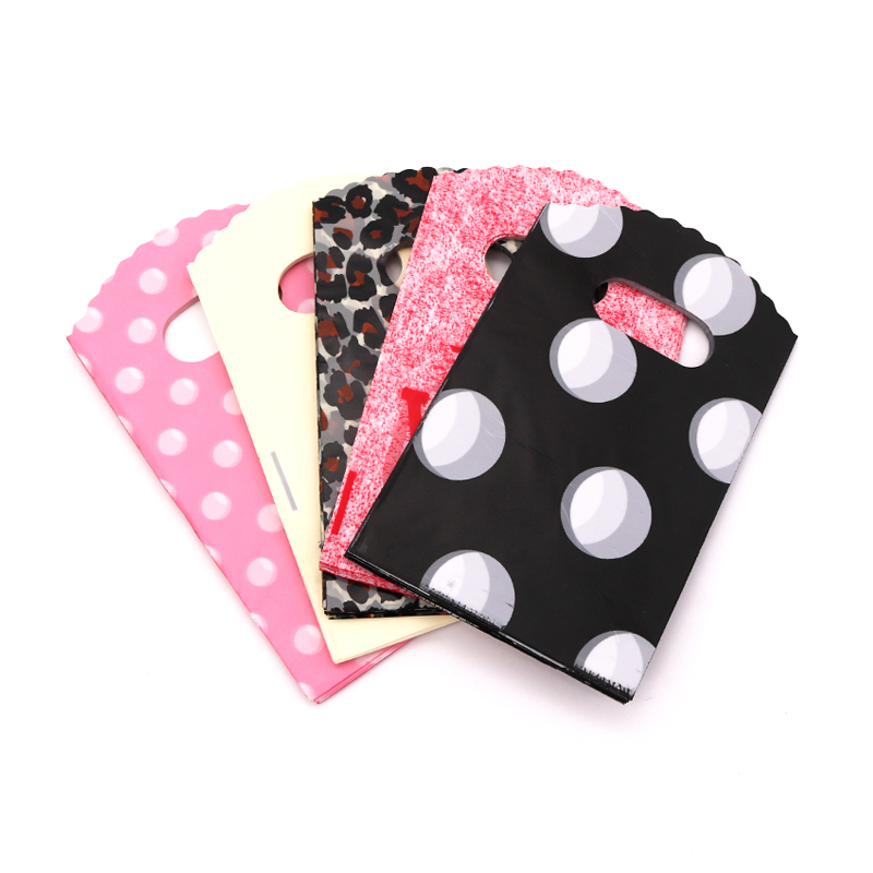 New Fashion Wholesale 50pcs/lot 9*15cm Simple Dots Mini Plastic Gift Bags Small Candy Jewelry Packaging Bag With Handles