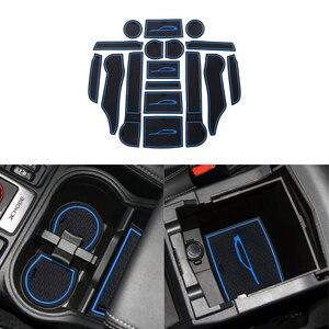 Image 2 - Przednie tylne drzwi gniazdo Pad Mat uchwyty do kubka maty schowek w podłokietniku pudełko na waciki do Subaru Forester 2019 2020 akcesoria do wnętrza samochodu