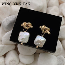 wing yuk tak Korea Womens Fashion Freshwater Pearls Earrings Vintage Geometric Gold Color Small Stud 2019
