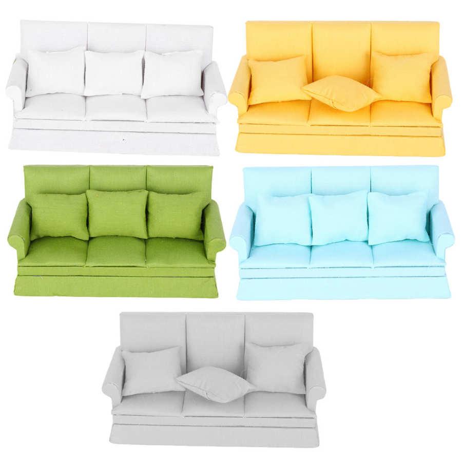 1:12 mini casa de bonecas móveis sofá com 3pcs travesseiro conjunto simulação em miniatura sala estar crianças fingir jogar diy casa boneca decoração
