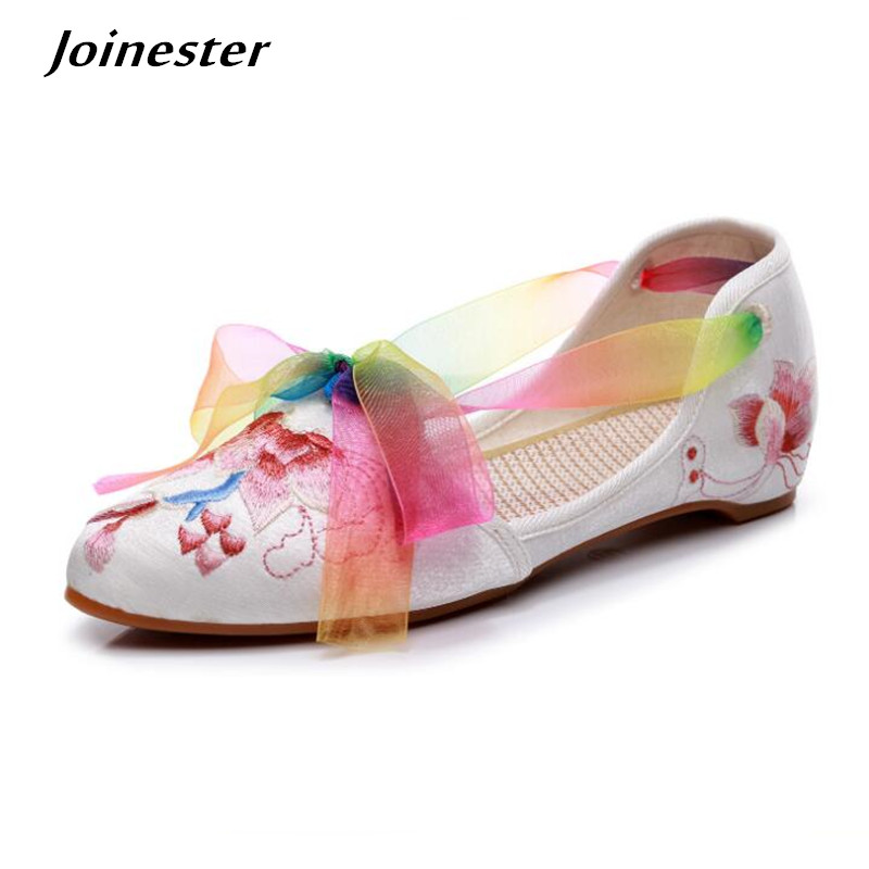 Embroider Flower Satin Cloth Women Summer Sandal Shoes Pointed Toe Ribbon Lace-up Ethnic Woman Dress Shoe Low Heel Sandals