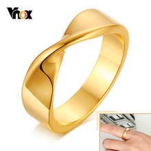 Vnox Simple Mobius Band Rings for Women, Gold Tone Chic Lady Finger Gifts Daily Party Wear Jewelry, US Size 6 7