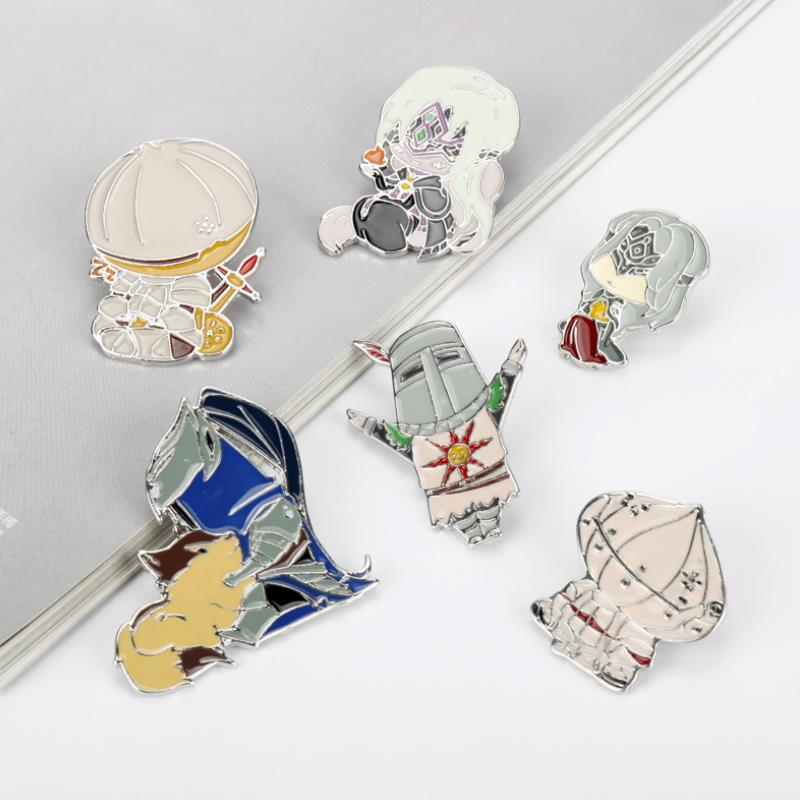 1pc New Dark Souls 3 Cosplay Props Badge Broochs Onion Knight Solaire Party Gifts Women Men Enamel Pin Figure Toys Gift