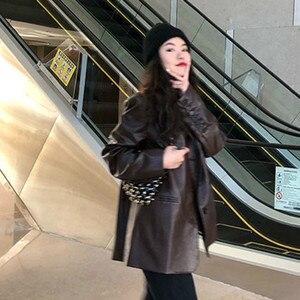 Image 5 - LANMREM 2020 couleur unie en cuir Pu revers en vrac simple boutonnage vintage tempérament veste automne nouveau manteau mince femmes 19B a563