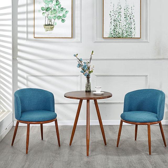 Conversation Table Setting Set 4