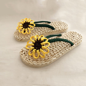 Модные повседневные женские соломенные Тапочки ручной работы, летние домашние сандалии с вышивкой, пляжная обувь для пар, 2020