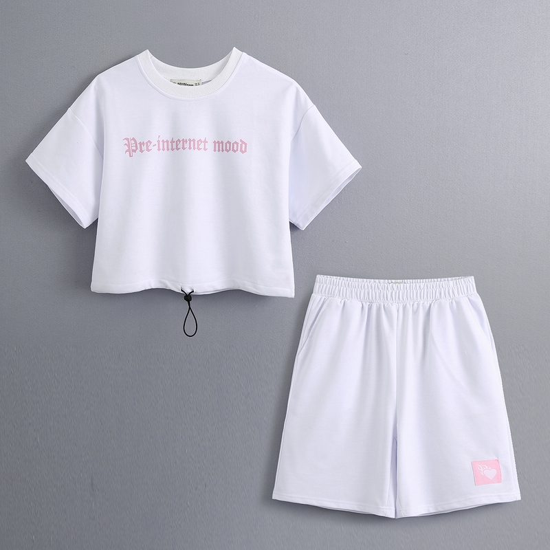 Loose Women Tshirt And Short 2020 New Fashion O-Neck Letter Prints Short Sleeve Tees Modern Lady Summer Casual Set