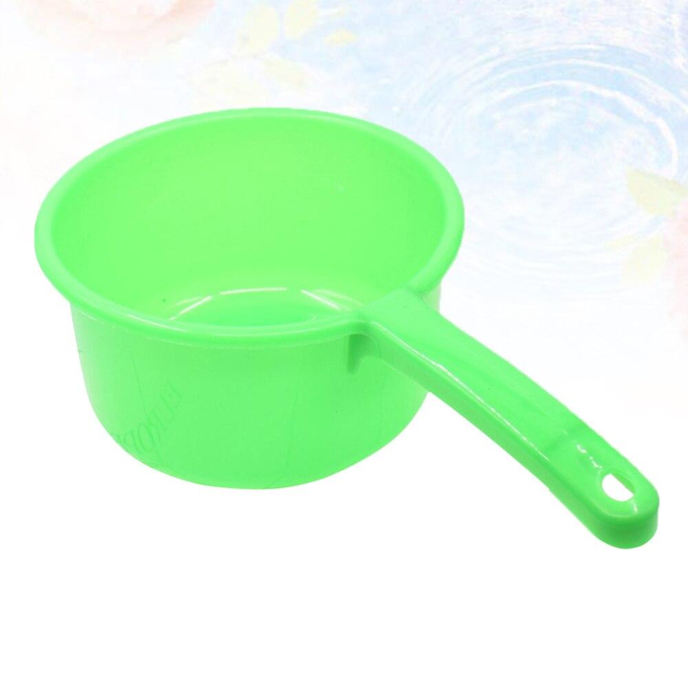 Plastic Long Handle Water Ladle Home Kitchen Household Nonslip Grip Water Dipper Ladle Bailer (Random)