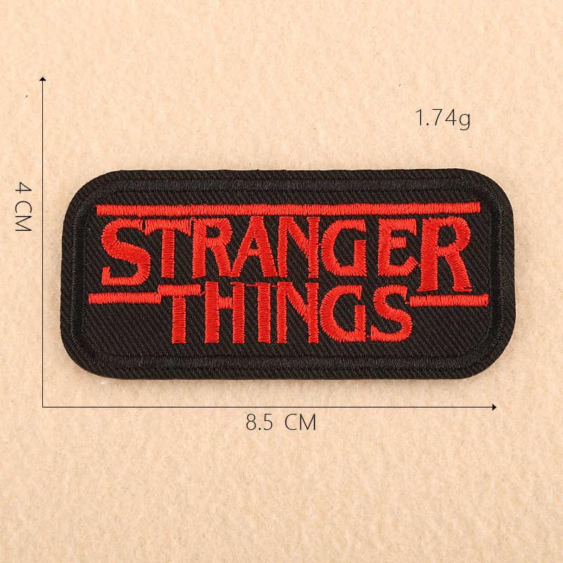 Coisas estranhas Roupas Patches Ferro em Música Rock Punk Carta Moda Bordado Badges DIY Apliques para Roupas Casaco Decoração