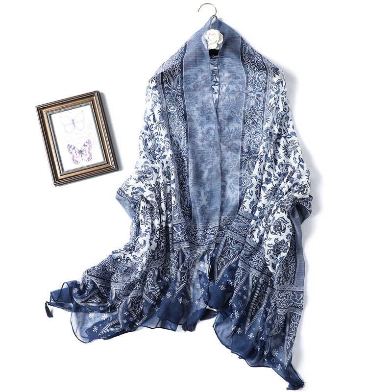 2021 Designer donne di marca sciarpa stampa classica scialli da donna sensazione di cotone morbido hijab Oversize collo fascia nappa Foulard