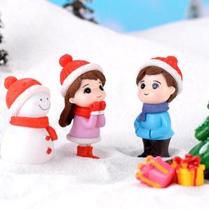 Lovely Couple Snowman Model Figurine DIY Miniature Bonsai Xmas Landscape Decor