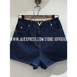 Женские джинсовые шорты, Классические летние шорты с высокой талией, уличная одежда, декоративные повседневные шорты с металлической пряжк...