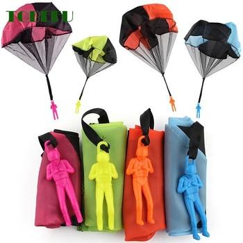 TOBEFU Mini ręka rzucanie żołnierz spadochron zabawa na świeżym powietrzu sport i rozrywka spadochron zabawki dla dzieci dzieci edukacyjne tanie i dobre opinie Tkaniny Certyfikat 793321654321 Toy Sports Chwytając ruch zdolność rozwoju 43cm Parachute 3 lat Gimnastyka Unisex Plastic