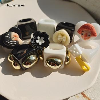 Przezroczyste żywiczne akrylowe geometryczne kwadratowy pierścień kolorowe z kreskówkowym motywem miłosnym kwiat dla kobiet biżuteria dziewczęca prezenty HUANZHI 2021 tanie i dobre opinie CN (pochodzenie) Brak Kobiety Z żywicy TRENDY Obrączki ślubne GEOMETRIC Zgodna ze wszystkimi Poprawiające nastrój moda