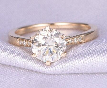カスタム 10 18k イエローゴールド 3.0ct ラウンドカットモアッサナイトの婚約指輪  グループ上の ジュエリー & アクセサリー からの 指輪 の中 2