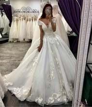 Винтажное бальное платье с кружевной аппликацией свадебные платья