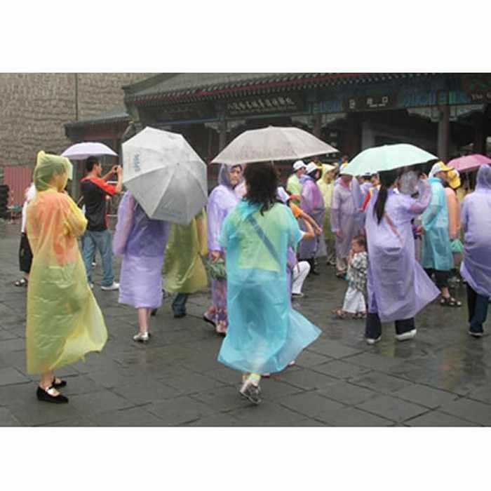 10 Pcs לשני המינים חד פעמי מעיל גשם למבוגרים חירום עמיד למים הוד פונצ 'ו נסיעות קמפינג חייב גשם מעיל 2020