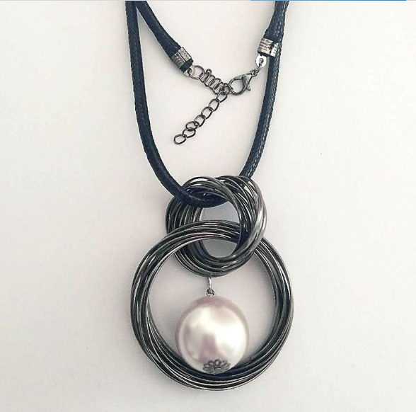 YoYo-Star Red White Pearl Ball Pendant Long Necklaces Women Black Chain Maxi Necklace Fashion Jewelry