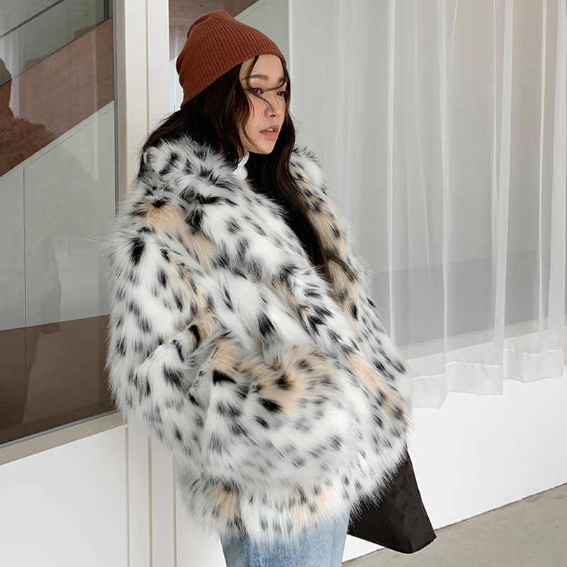 high quality 2019 WINTER women fashion Lynx pattern faux fur coats elegant notched collar fake fox fur outerwear w2050