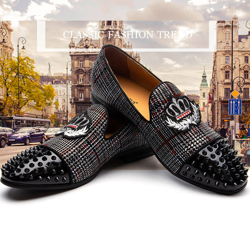 Black Spikes Glitter Colorful Aristocratic Crown Embroidery Men Velvet Shoes Men Smoking Slippers Party Men's Classic loafers