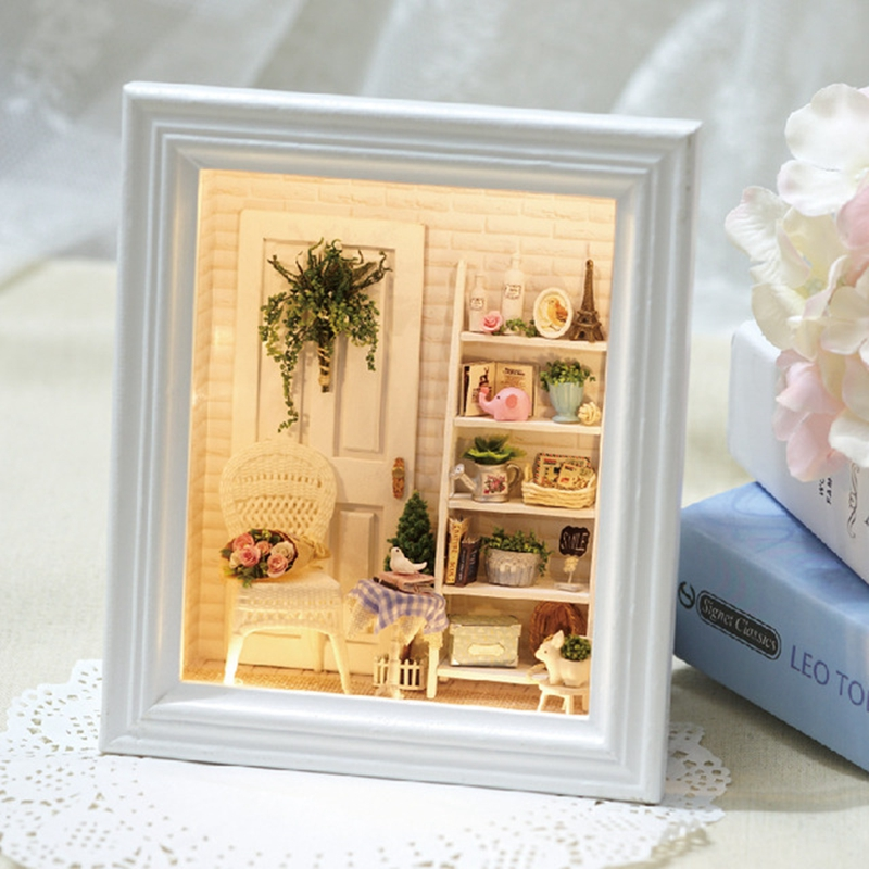 Hand Make Assemble Doll Houses DIY Doll House Wooden Miniature Dollhouse Furniture Kit with LED Toys Children Christmas Gift