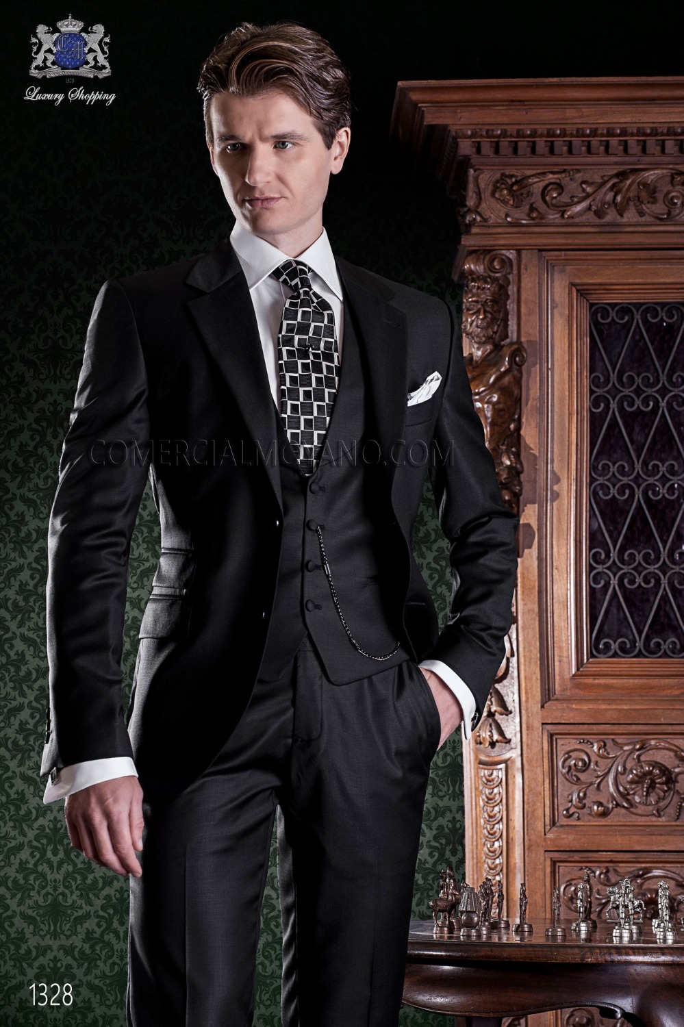 New Arrival Hot Selling Black Business Mens Suits Wedding Groom Tuxedos For Men 3 Piece Groomsman Mens Prom Suits Costume Homme