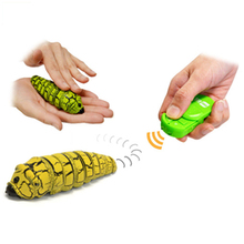 Funny Gadget Infrared Scare Cheat Pluster Remote Control Bionic Worm Plastic Bromas Toy Magic Bug Indoor Play Game Halloween Day