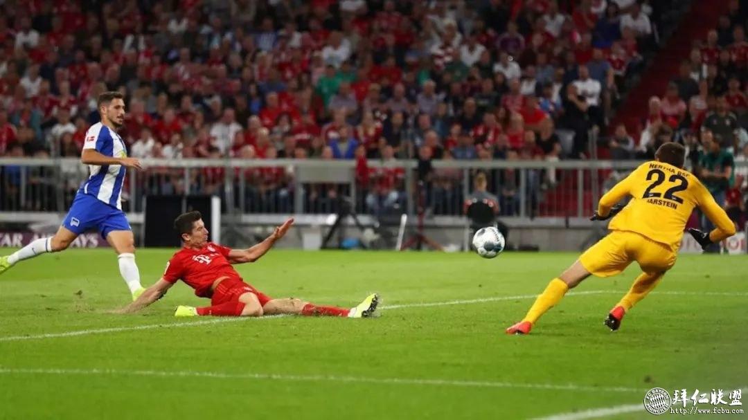 2019-20德甲联赛揭幕战 亚博yabo开户2:2柏林赫塔2