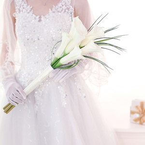 Image 3 - Kyunovia Real Touch White Calla Lily Wand For Bridesmaid Flower Girl Keepsake Mini Flower Wand Wedding Bouquet Bridal BY11