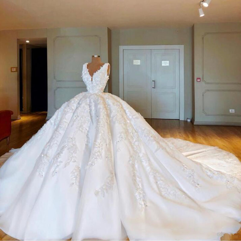 Dubai Bride Wedding Gown Appliques Major Robe De Mairee Bridal Gown Ball Gown Abendkleider Bridal Dress Vestido De Noiva