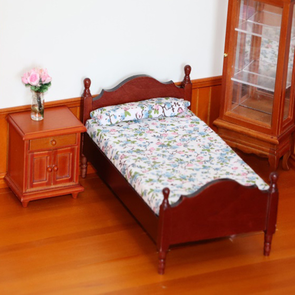 beautijiam 1:12 Dollhouse Miniature Furniture Bedroom Wood Single Bed Children Funny Toy Gift Decor Dolls House Accessories