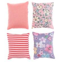 Симпатичные Подушки с цветами для дивана, кровати, кукольного домика, миниатюрная мебель для кукольного домика 1/12, игрушки, 2 шт.