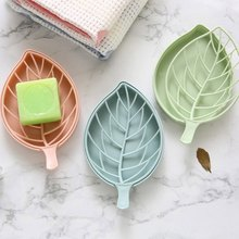 2020 Useful Plastic Leaf Shape Soap Container Case Bathroom Drain Soap Dish Sheet Bathroom Accessories Color Random(China)
