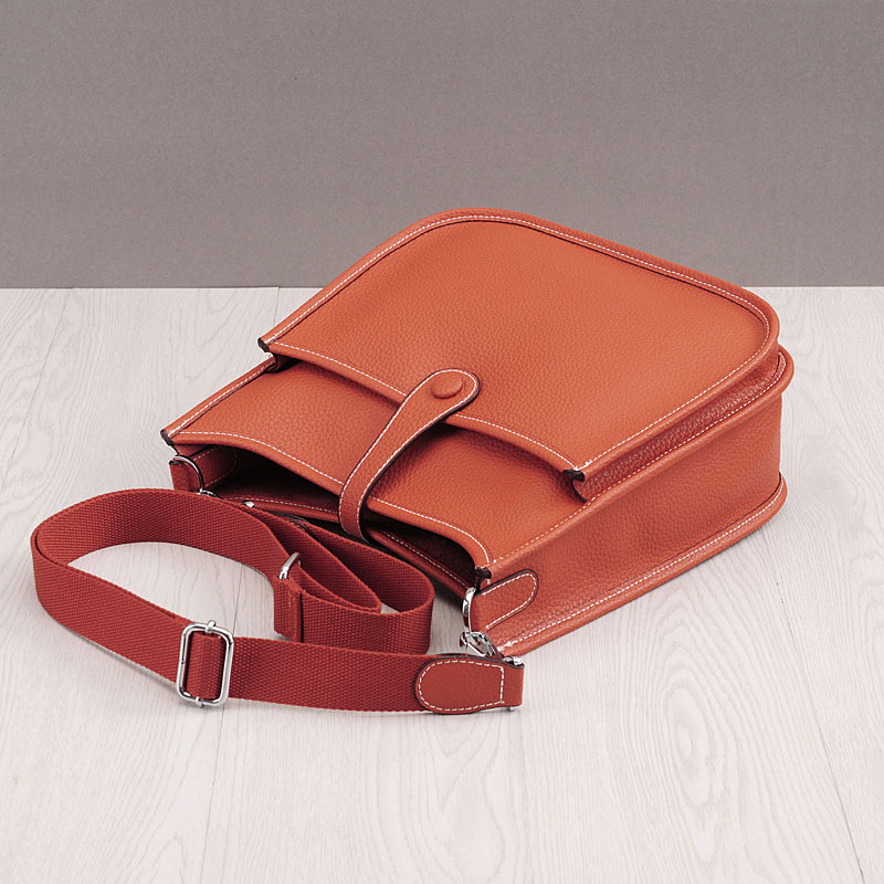 Image 3 - HOT New Fashion Women Genuine Leather Bags Ladies Messenger Shoulder Bag Luxury Famous Brand Handbag Crossbody Bags For Women-in Shoulder Bags from Luggage & Bags