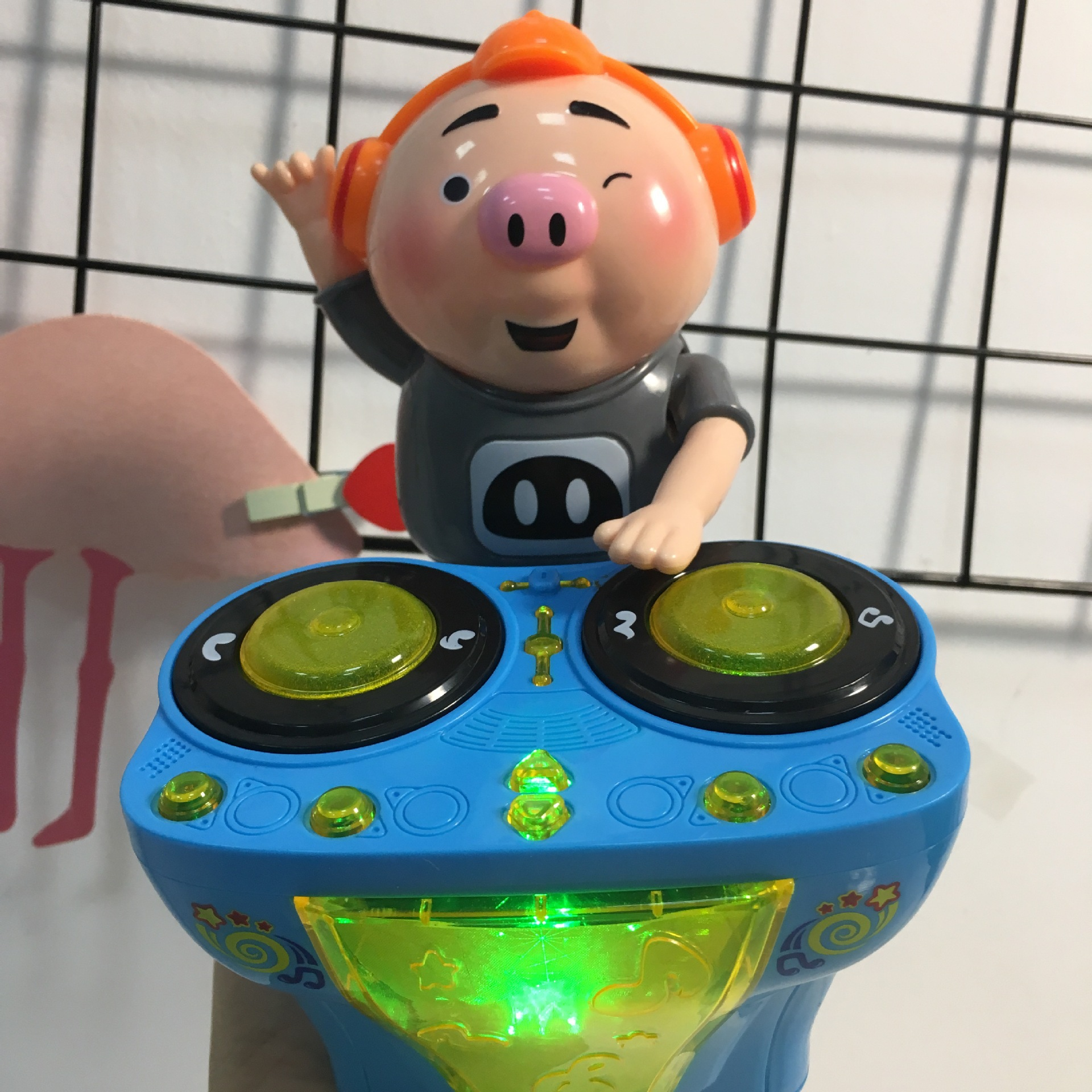 Genuine Authorized Pigskin Small Fart DJ Bar Counter Shining Music Electric Dancing Seagrass Pigskin Electric Universal Toy Car