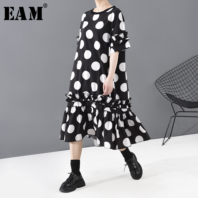 [EAM] Women Black Dot Printed Ruffles Big Size Dress New Round Neck Short Sleeve Loose Fit Fashion Tide Spring Summer 2020 1T815