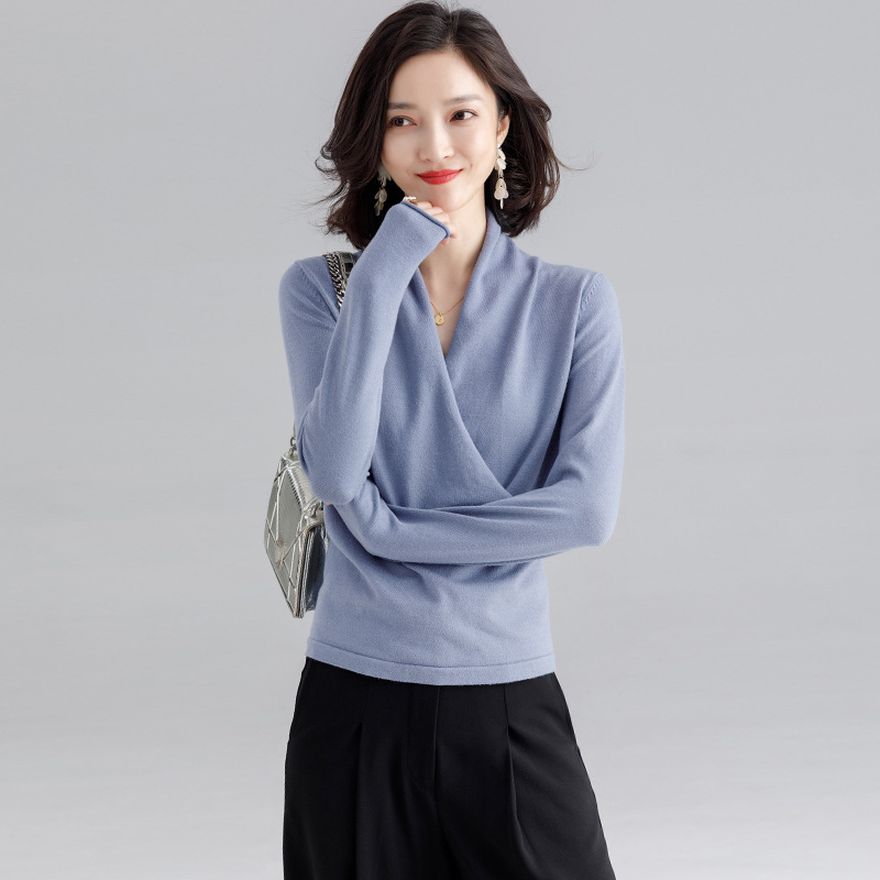 2019 Cyber Celebrity Custom Sweater Female Autumn And Winter Criss-Cross V-neck Intellectual Wild Bottoming Loose Sweater F9368