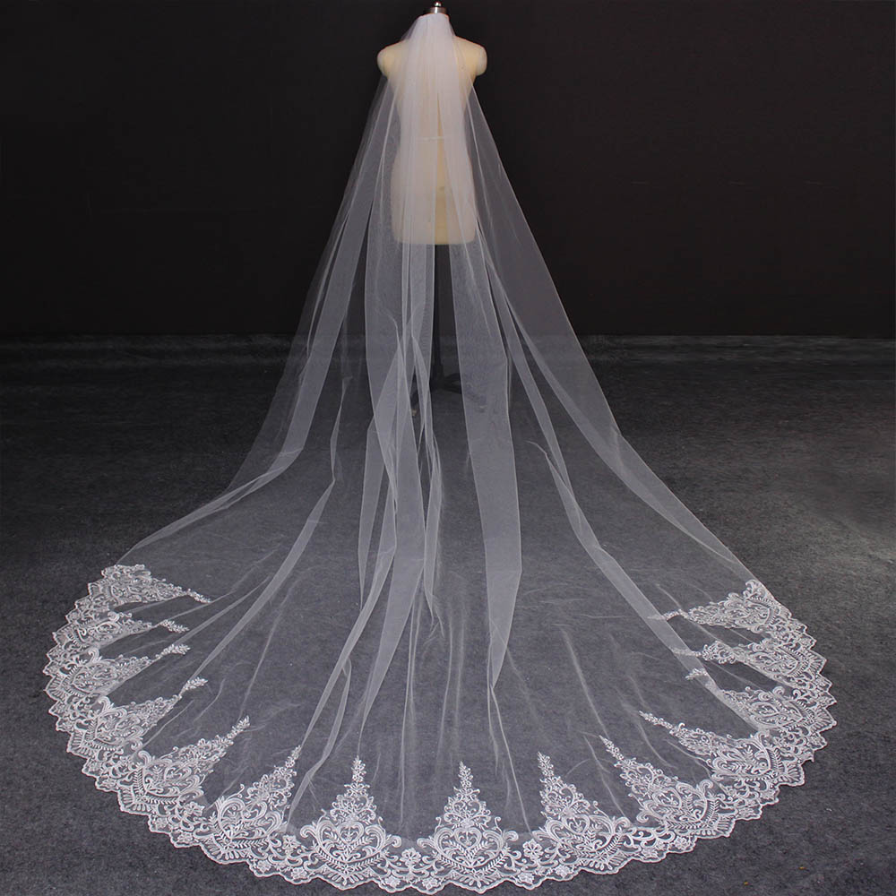 New Lace 3 Meters Long Bridal Veil With Comb One Layer 3M Cathedral Wedding Veil Velo De Novia Wedding Accessories
