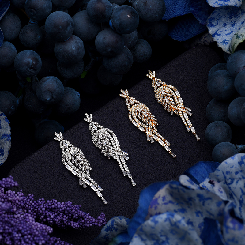 Image 5 - Набор ювелирных изделий HADIYANA, модный циркониевый роскошный  женский свадебный набор, ожерелье, серьги, кольцо и браслет,  cn119bisuteriaЮвелирные наборы