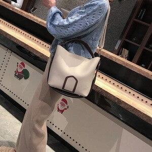 Image 3 - Ladies Crossbody Bag European and American Leisure Fashion Shoulder Bag High Quality Solid Handbag Simple Tassel Bucket Bags
