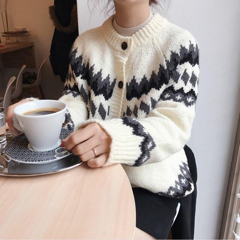 Vintage Pattern Korean Autumn Winter Loose Womens Knitted Sweater Casual Long Sleeve O-Neck Sweet Female Cardigans Streetwear
