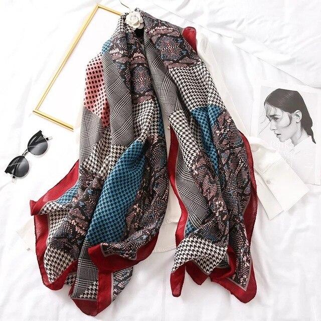 Luxury brand winter leopard silk scarf women Soft Pashminas shawls cotton scarves Sjaal muslim hijab animal print leopardo cape